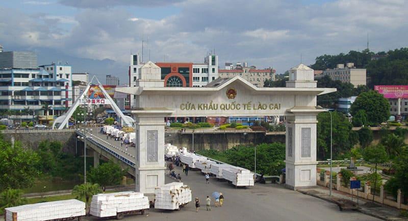 Vietnamese Border Crossings