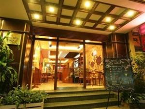 hanoi quoc hoa hotel - special rates for vietnam visa clients