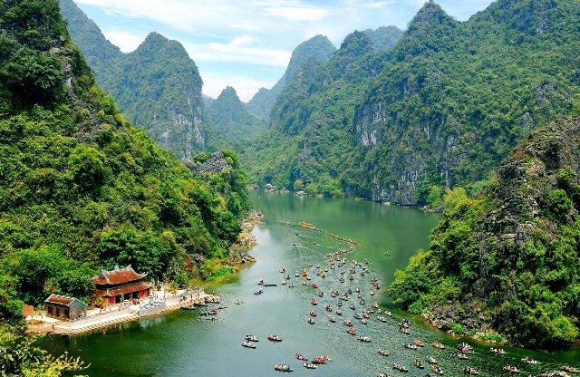 Trang An Complex in Ninh Binh - Vietnam-visa.com - an online portal for Vietnam visa on arrival
