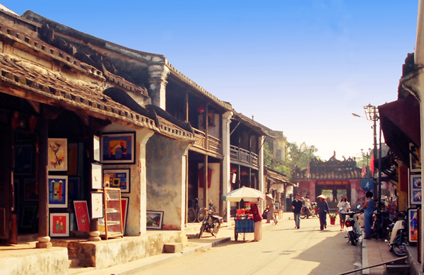 Hoi An's charming streets - Vietnam visa online service