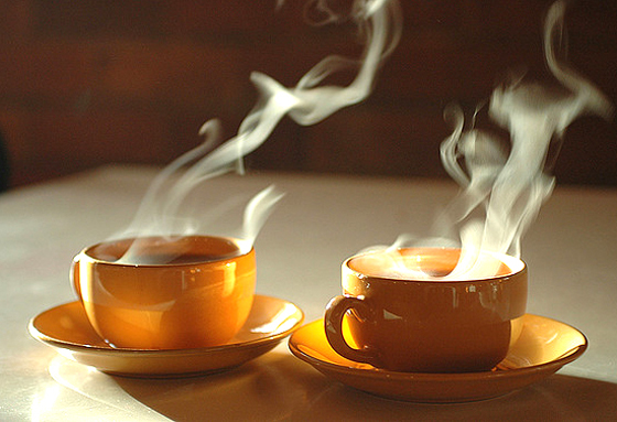 a cup of hot tea for cold days in Hanoi - Vietnam-visa.com - online vietnam visa service
