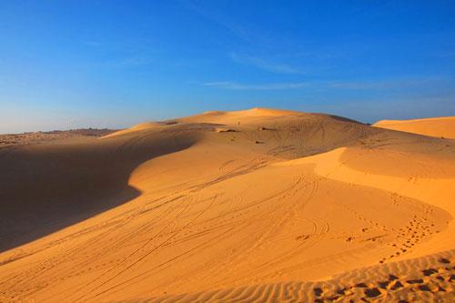 Mui ne sand dunes in Binh Thuan - Vietnam visa on arrival service