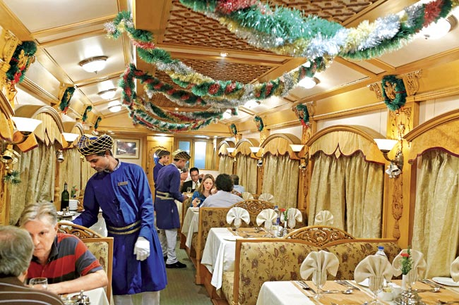 Deccan-Odyssey - Luxury train in India - Vietnam visa