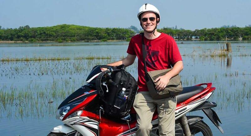 Vietnam-visa-cost-motobike